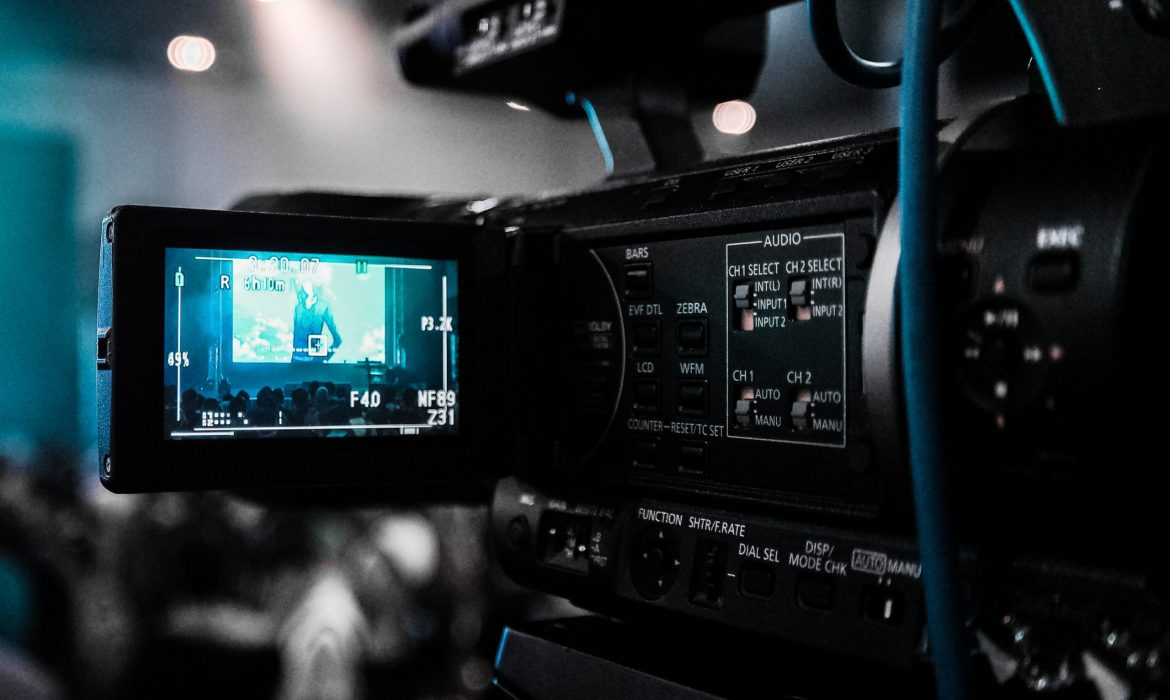 How to incorporate sponsorship into your real-time  social videos